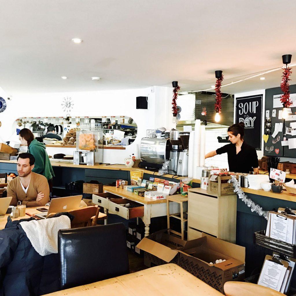 Bread & Butter cafe 中
