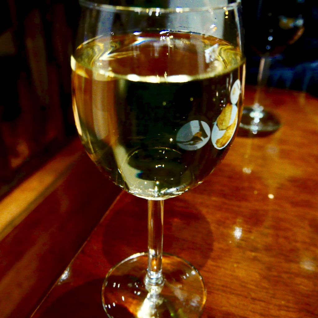iberia georgian restaurant 白ワイン